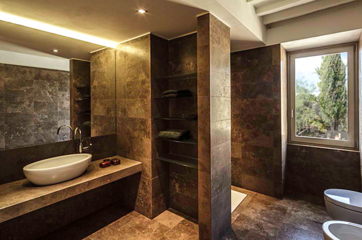A2 house Modern bathroom by vps architetti Modern