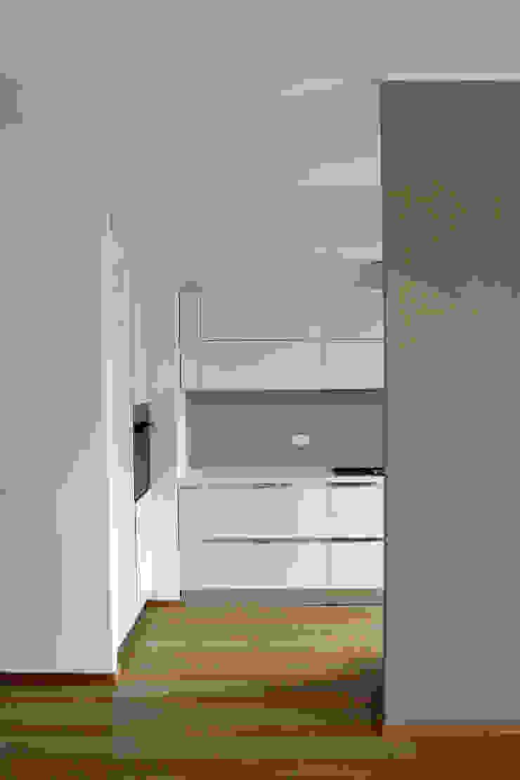 cucina Cucina moderna di Gru architetti Moderno