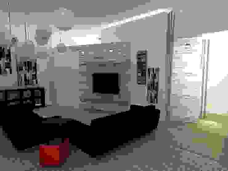 LOFT MILANO Soggiorno moderno di linea contemporanea home Moderno