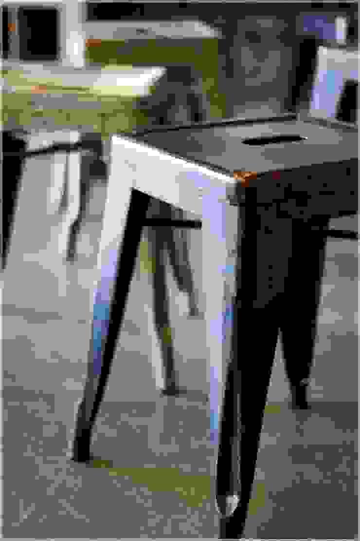 Möbel/Tolix Hocker Vintage.: industriell  von func. functional furniture ,Industrial