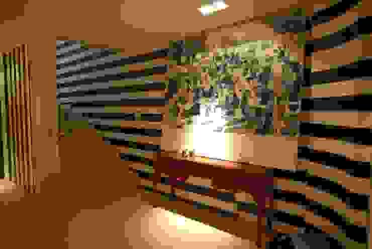 Ausgefallener Flur, Diele & Treppenhaus von Scultura & Design S.r.l. Ausgefallen