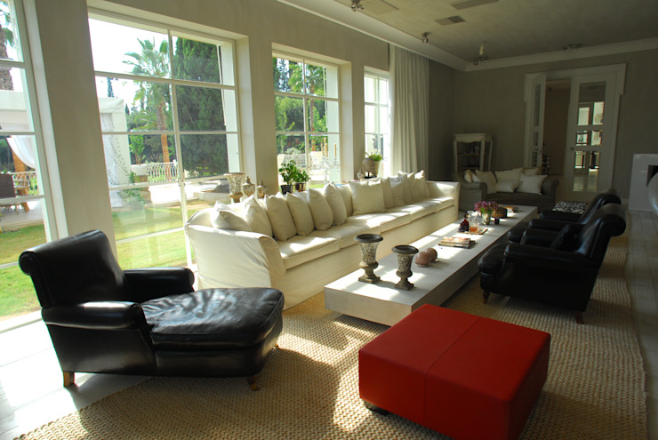 Scultura & Design S.r.l. Eclectic style living room