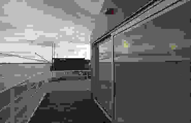 A room over the sea – Trabocco Case in stile mediterraneo di Studio Zero85 Mediterraneo