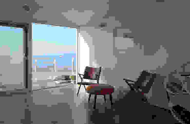 A room over the sea – Trabocco Soggiorno in stile mediterraneo di Studio Zero85 Mediterraneo