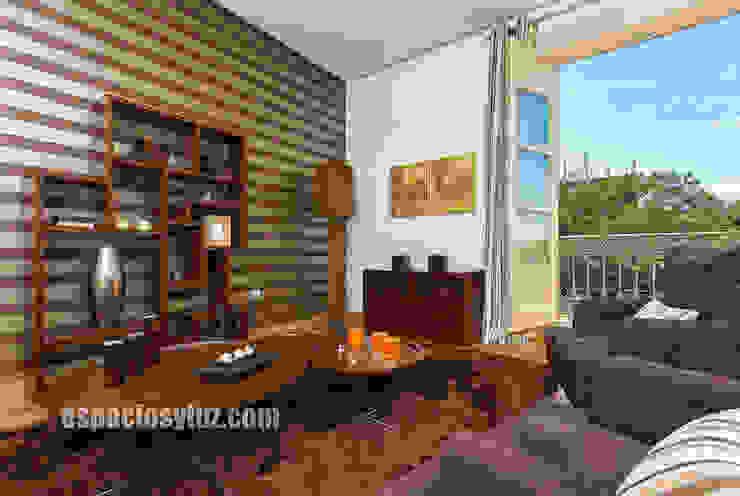 Salón Livings modernos: Ideas, imágenes y decoración de Espacios y Luz Fotografía Moderno