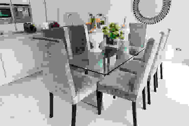 Dulwich Modern dining room by kt-id Modern