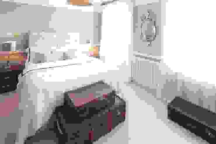 London SE9 Scandinavian style bedroom by kt-id Scandinavian