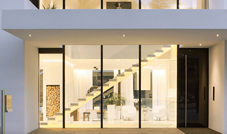 Casa M Ingresso, Corridoio & Scale in stile moderno di monovolume architecture + design Moderno