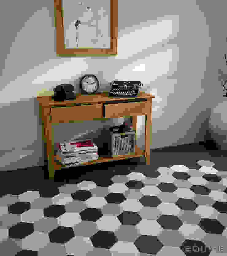 Equipe Ceramicas Ingresso, Corridoio & Scale in stile moderno