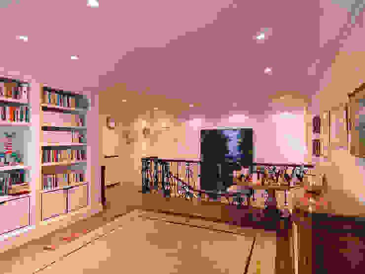 Westminster Flat by TLA Studio
