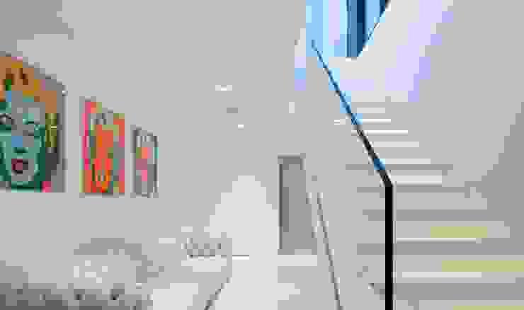 Modern corridor, hallway & stairs by monovolume architecture + design Modern
