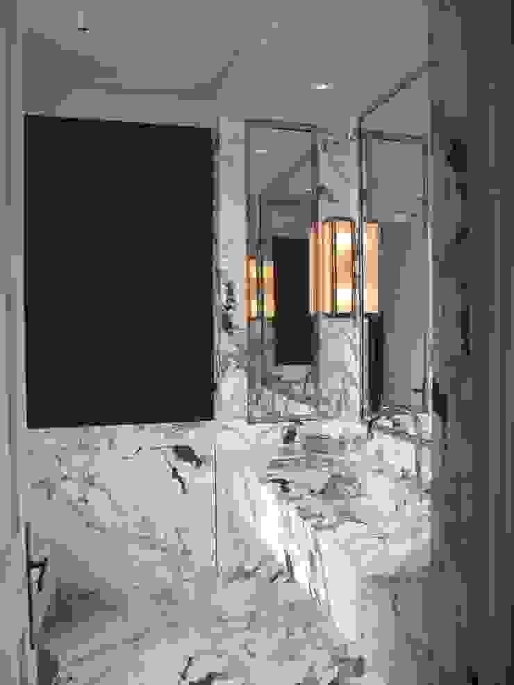 Chelsea Apartment Modern bathroom by TLA Studio Modern