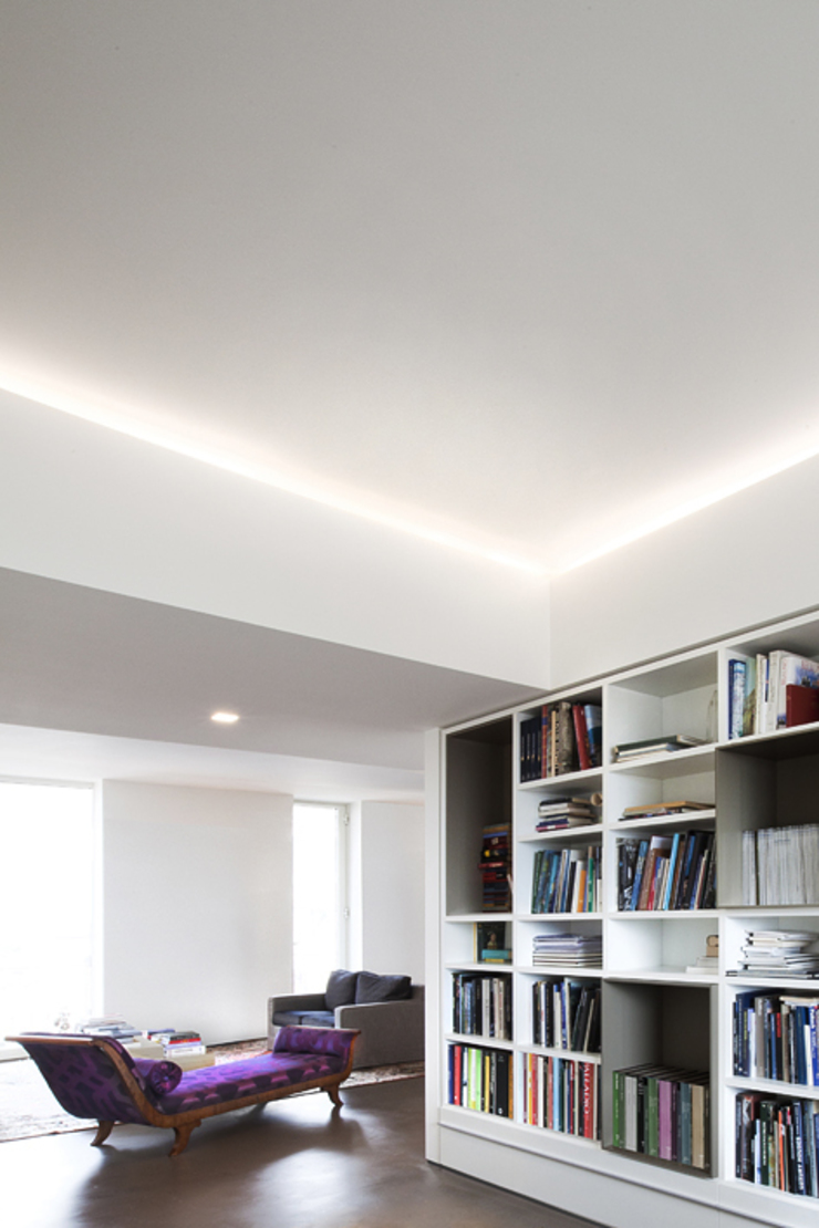 LOFT G di Tomas Ghisellini Architetti Moderno