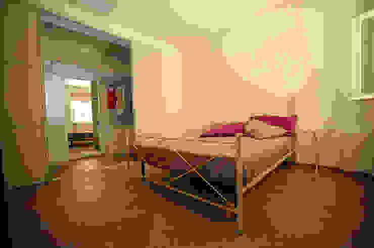 Schlafzimmer von Luca Bucciantini Architettura d' interni