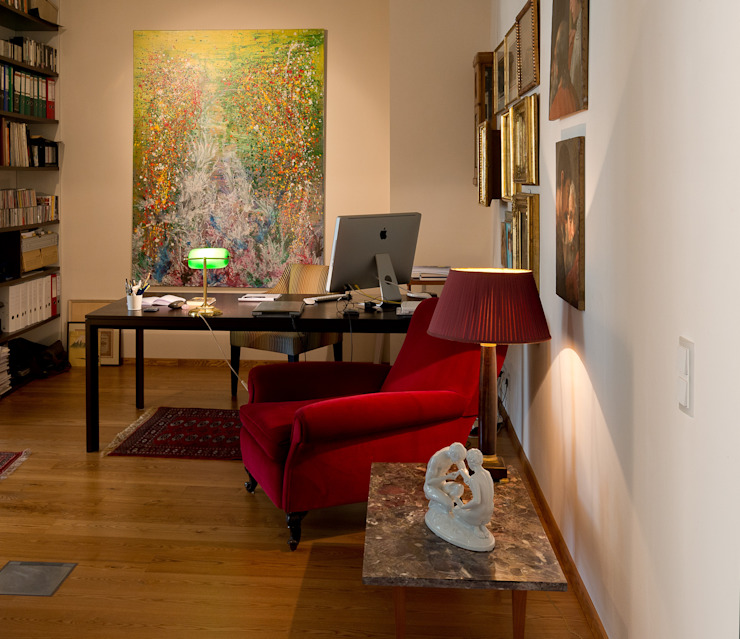 Eclectic style study/office by Elke Altenberger Interior Design & Consulting Eclectic