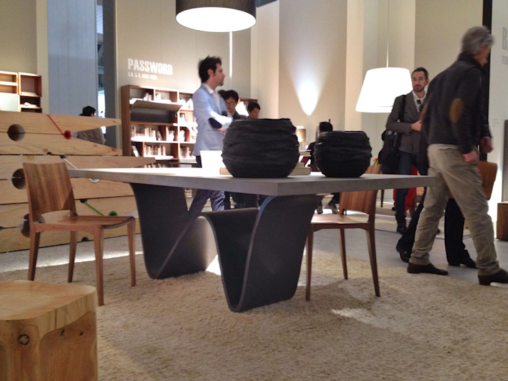 "<q class=""-first"">Bree e Onda</q> Table Fabio Passon & Marco Savorgnani ห้องทานข้าวโต๊ะ"