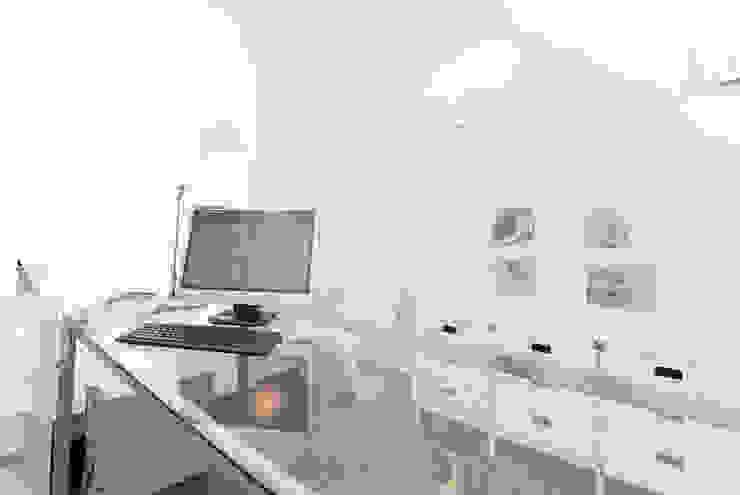 STUDIO LEGALE (ROMA – FLAMINIO) Studio moderno di Studio Guerra Sas Moderno