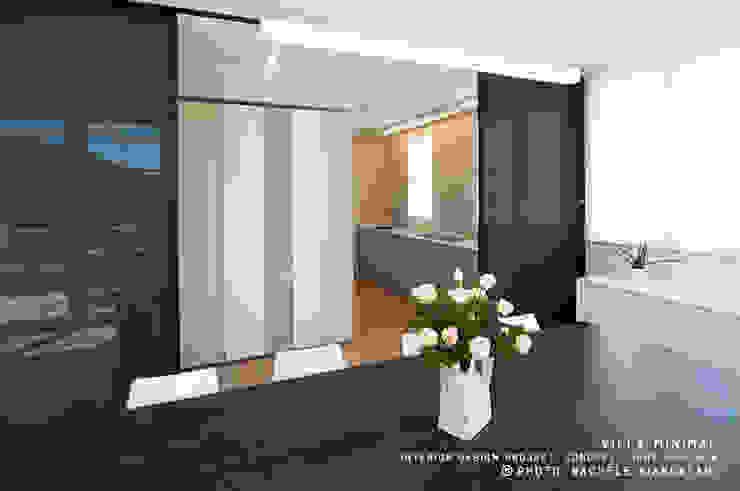 Moderne woonkamers van Rachele Biancalani Studio Modern