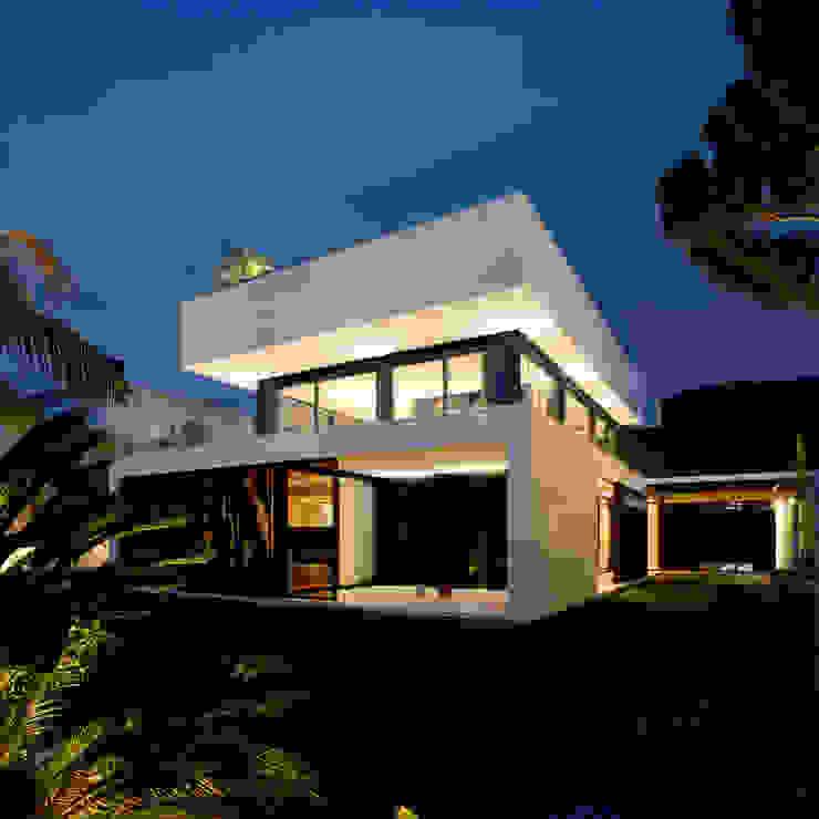Дома от MARIO COREA ARQUITECTURA