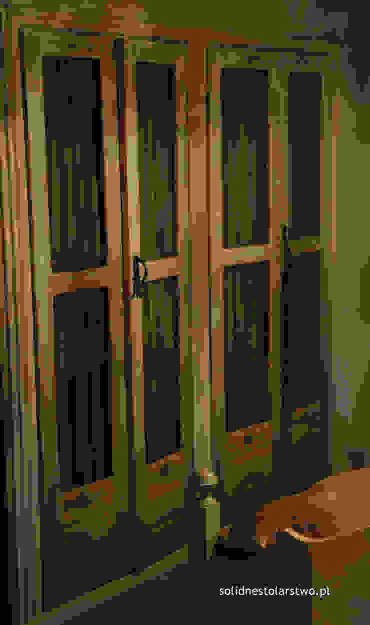 Drzwi szafy sypialnej od Zakład Stolarski Robert Latawiec Rustykalny