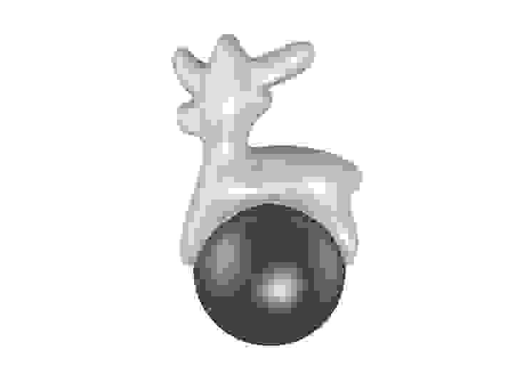 Reindeer:  in stile industriale di Gaudenzio Ciotti - Design Studio, Industrial