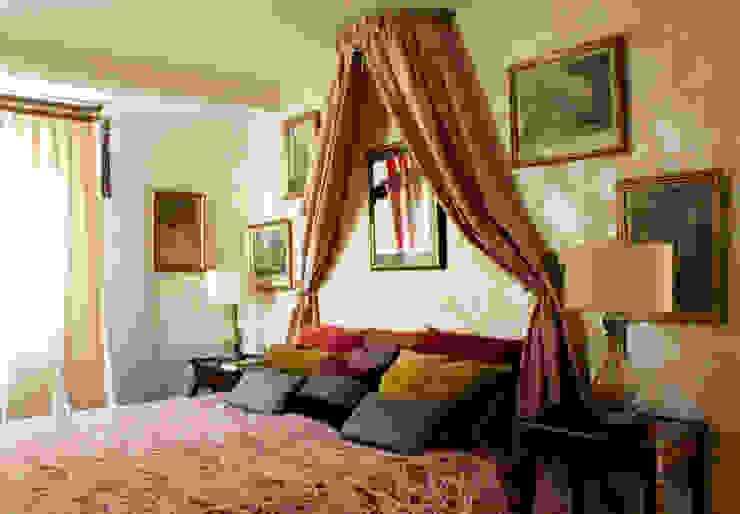 Dormitorio romántico de Ines Benavides Clásico