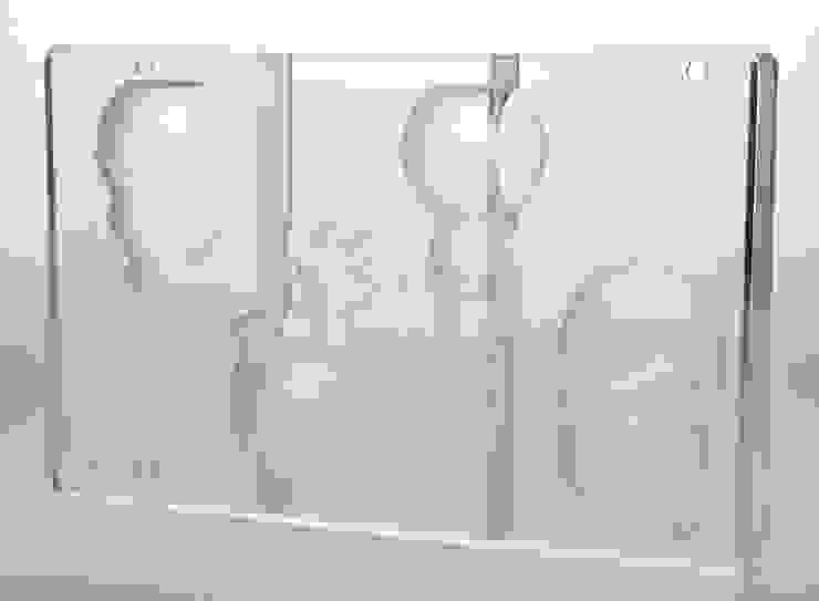 Christmas Balls:  in stile industriale di Gaudenzio Ciotti - Design Studio, Industrial