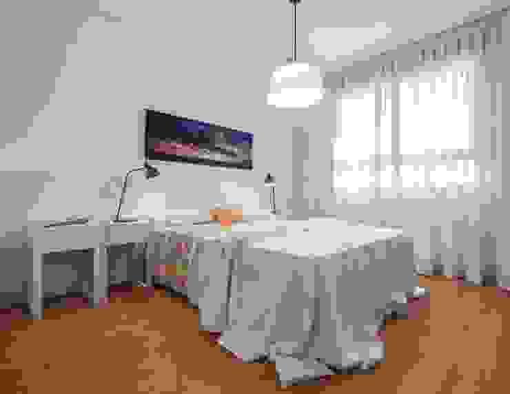 Estilo mediterráneo Dormitorios de estilo mediterráneo de Laura Yerpes Estudio de Interiorismo Mediterráneo