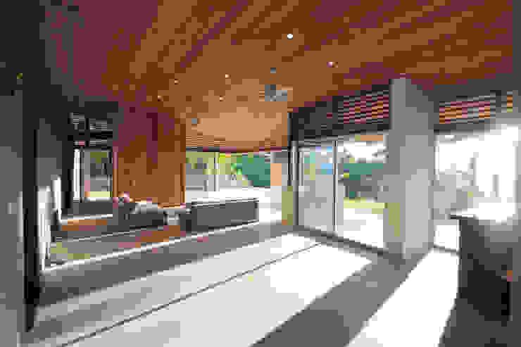 by Filippo Ratini architetti Modern