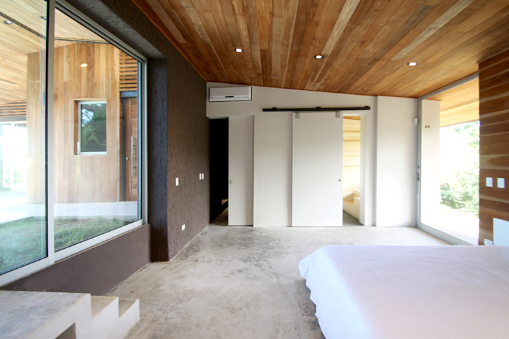 Modern style bedroom by Filippo Ratini architetti Modern