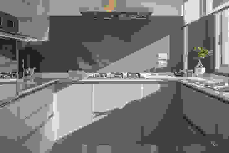 Cocinas de estilo moderno de manuarino_architettura+design Moderno