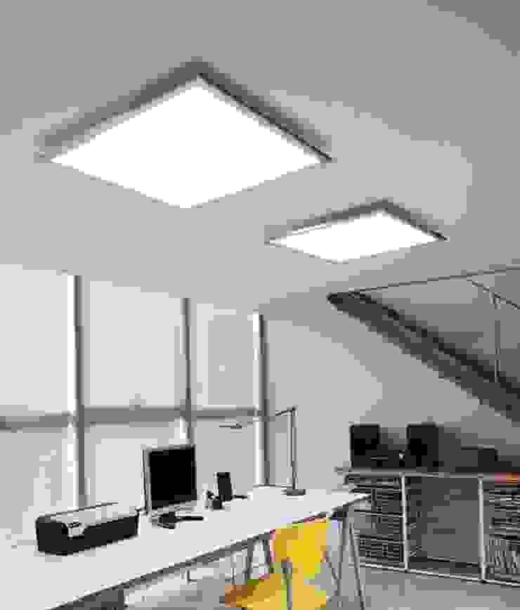 ATENEA REF.A-017 Salas multimedia de estilo moderno de Pujol Iluminacion Moderno