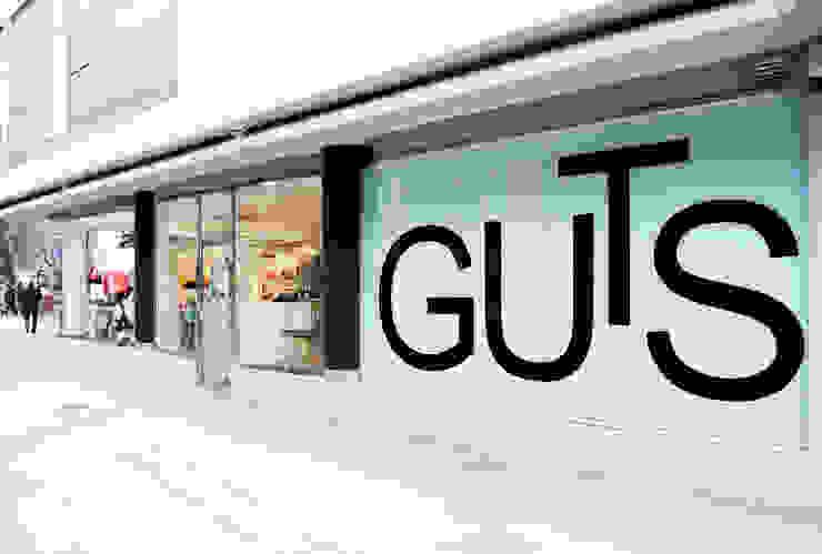 Moda GuTs Centros comerciales de estilo moderno de Interior03 Moderno