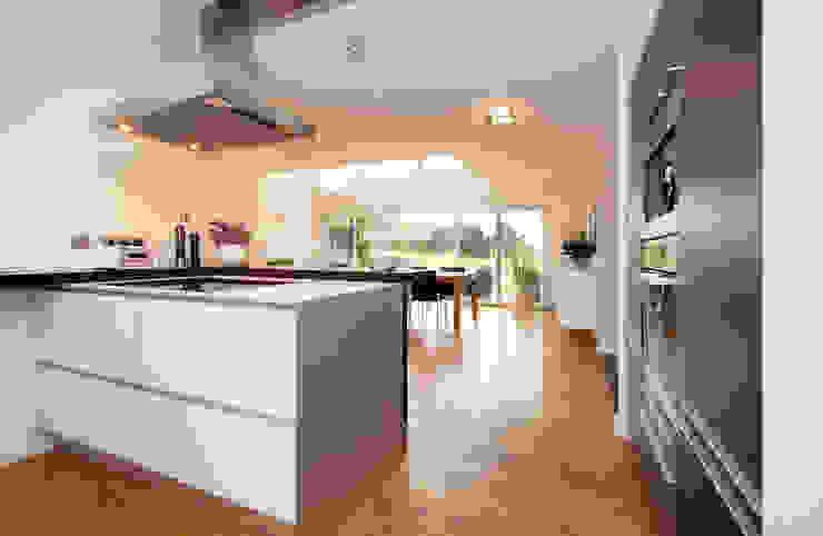 Esszimmer/Küche Luna Homestaging Moderne Küchen