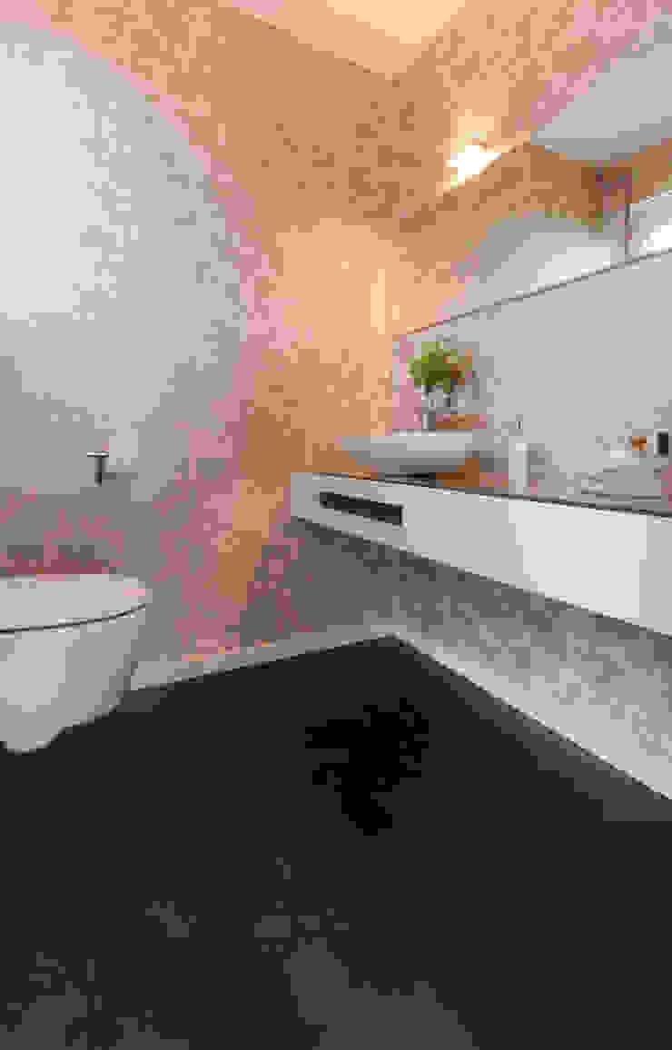 Gäste-WC Luna Homestaging Moderne Badezimmer