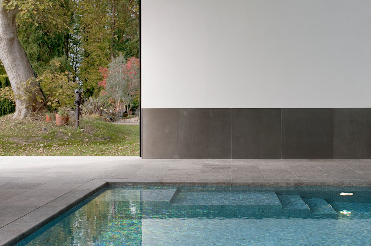 Minimalist Pool Modern pool by London Swimming Pool Company Modern