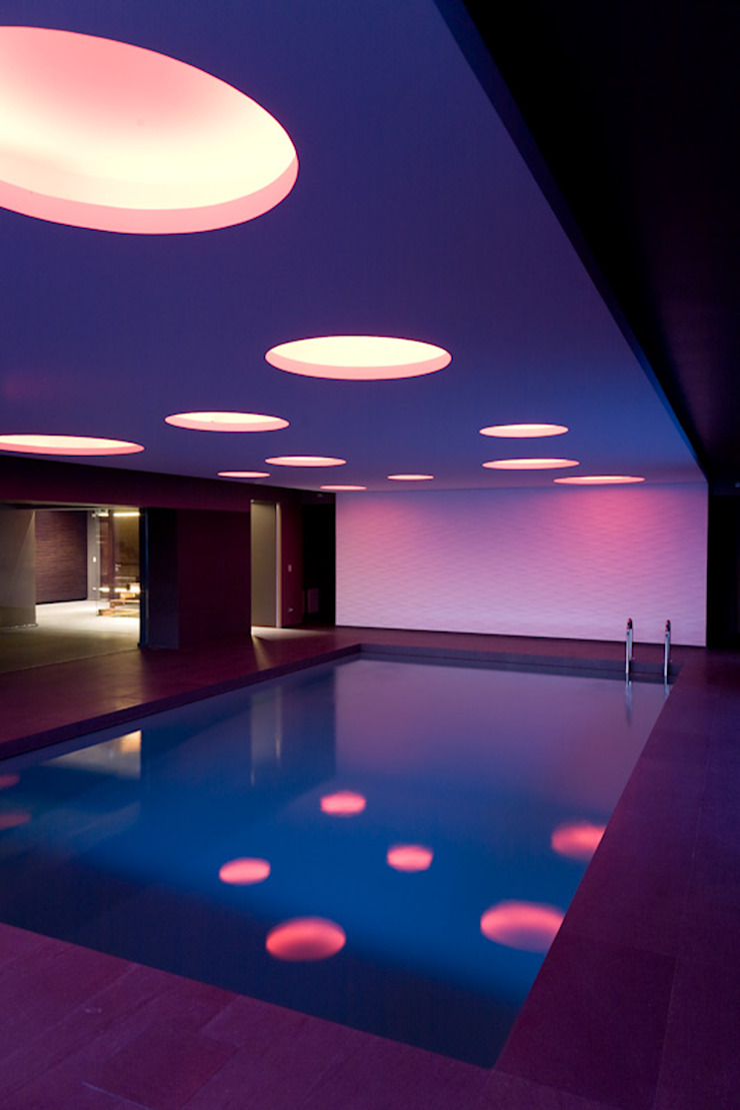 Nero Mediterraneo Spa in stile mediterraneo di Cannata&Partners Lighting Design Mediterraneo