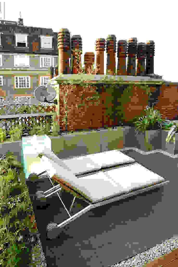 Sloane Square Modern balcony, veranda & terrace by Urban Roof Gardens Modern