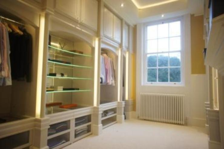 DRESSING ROOM FOR PRIVATE CLIENT Country style dressing room by 2A Design Country