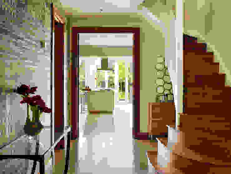 Contemporary townhouse Modern kitchen by Kitchen Architecture Modern