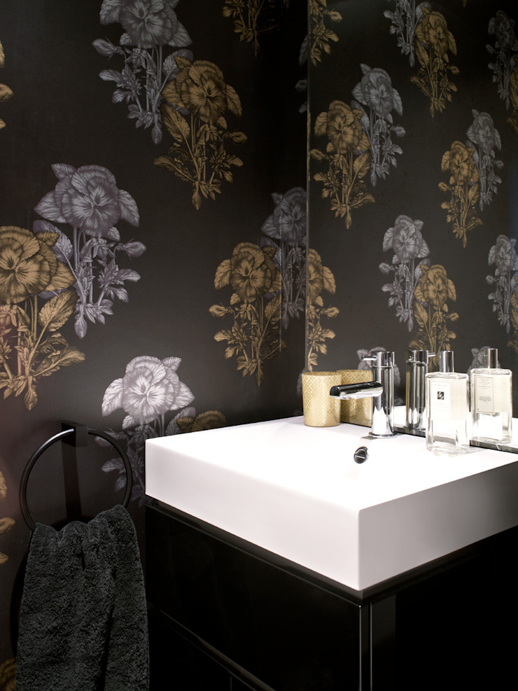 Marylebone LEIVARS Modern style bathrooms