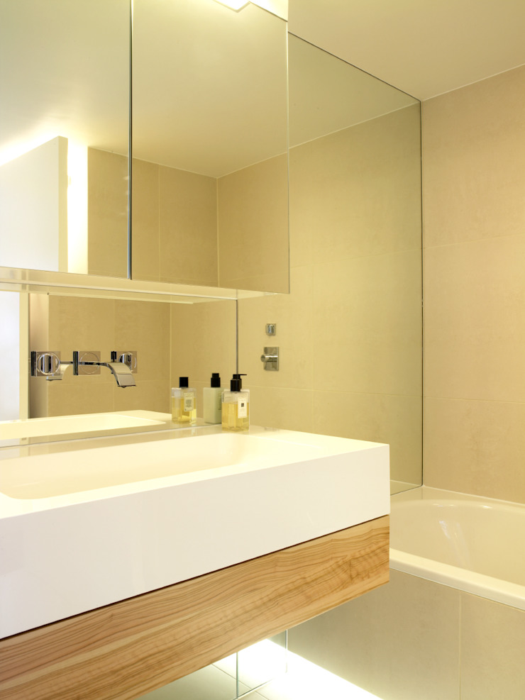 North London Modern bathroom by LEIVARS Modern