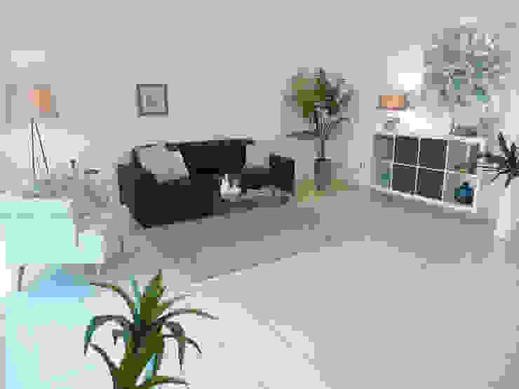 Wohnbereich nachher Moderne Wohnzimmer von raumessenz homestaging Modern