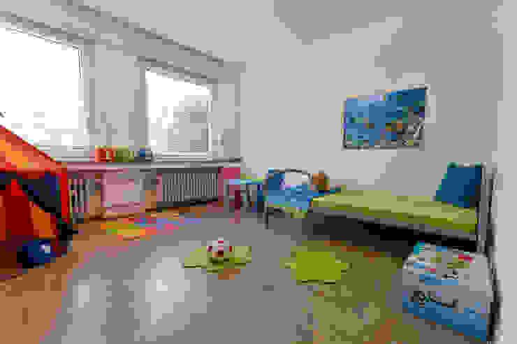 Kinderzimmer nachher Moderne Kinderzimmer von raumessenz homestaging Modern