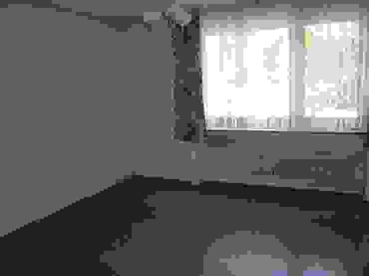 Schlafzimmer vorher: modern  von raumessenz homestaging,Modern