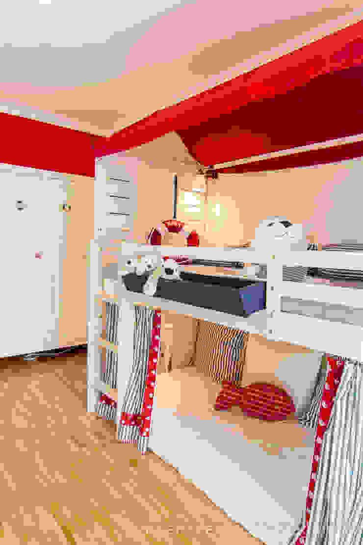 Maritimes Kinderzimmer Skandinavische Kinderzimmer von Münchner HOME STAGING Agentur Skandinavisch