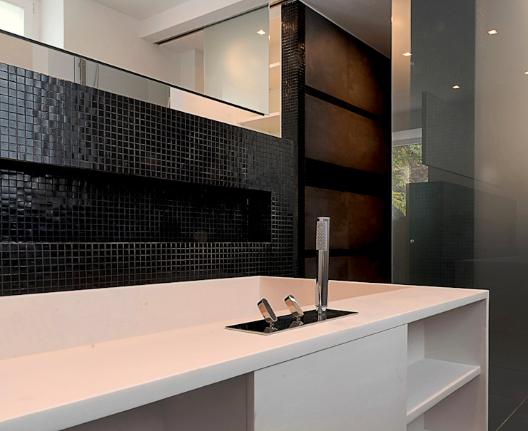 Salle de bain moderne par badconcepte Moderne