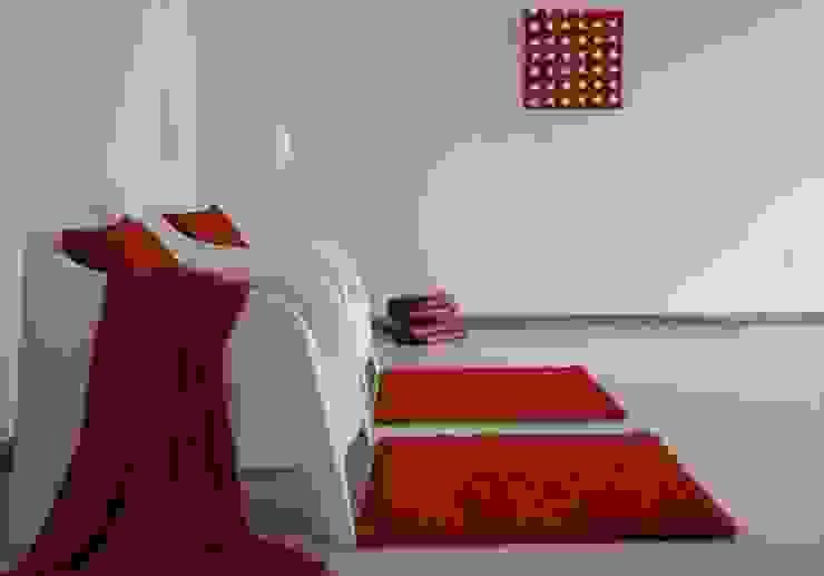 soggiorno Ingresso, Corridoio & Scale in stile moderno di Gabriella Sala Design Moderno
