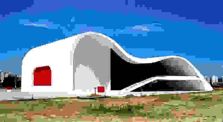 Teatro Popular de Niteroi.Oscar Niemeyer Museos de estilo moderno de Marcela Grassi Photography Moderno