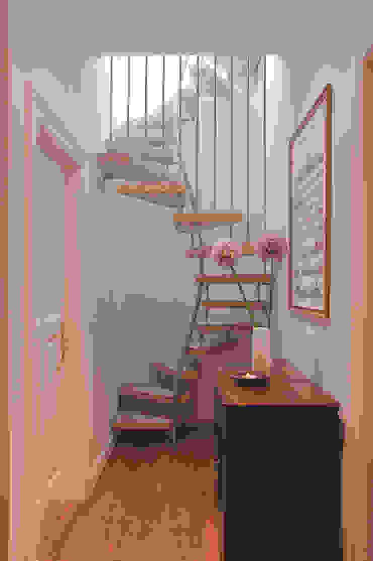 KENNGOTT-1qm-Treppe 3660.1: modern  von KENNGOTT-TREPPEN Longlife Holz Metall Stein,Modern